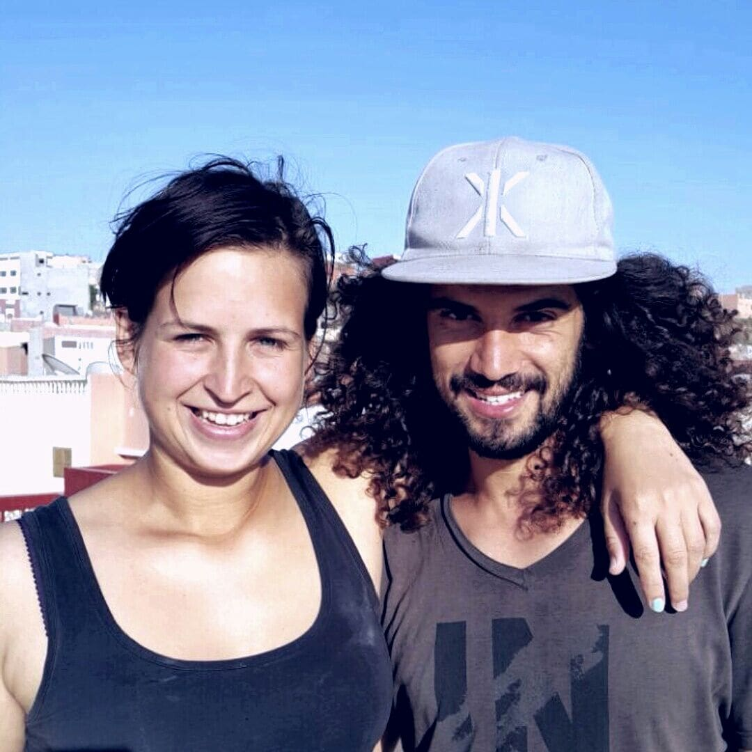 Hey! We're Adil & Irena, a Moroccan/Australian hus