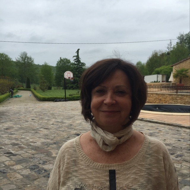 Ghislaine from Les Eyzies-de-Tayac-Sireuil