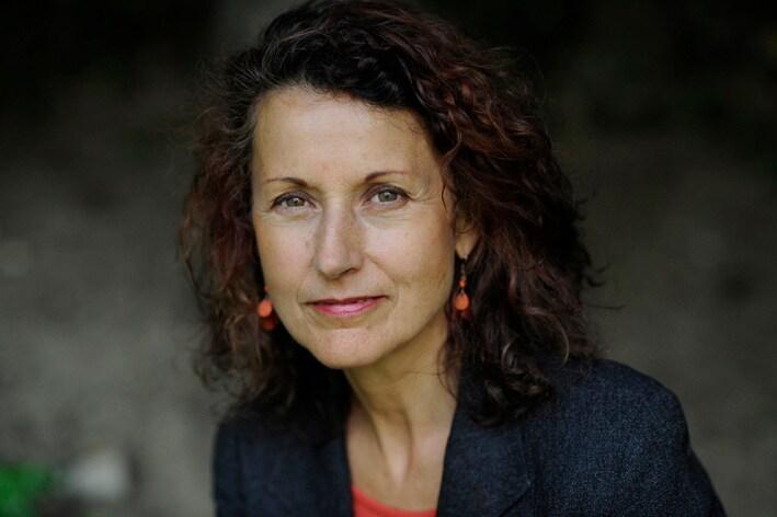 Valérie from Igny