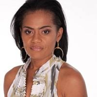 Monique from Nassau