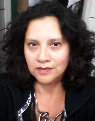 Sou professora, mãe de 3 lindos filhos, paulistana
