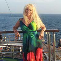 Julie From Rockingham, Australia