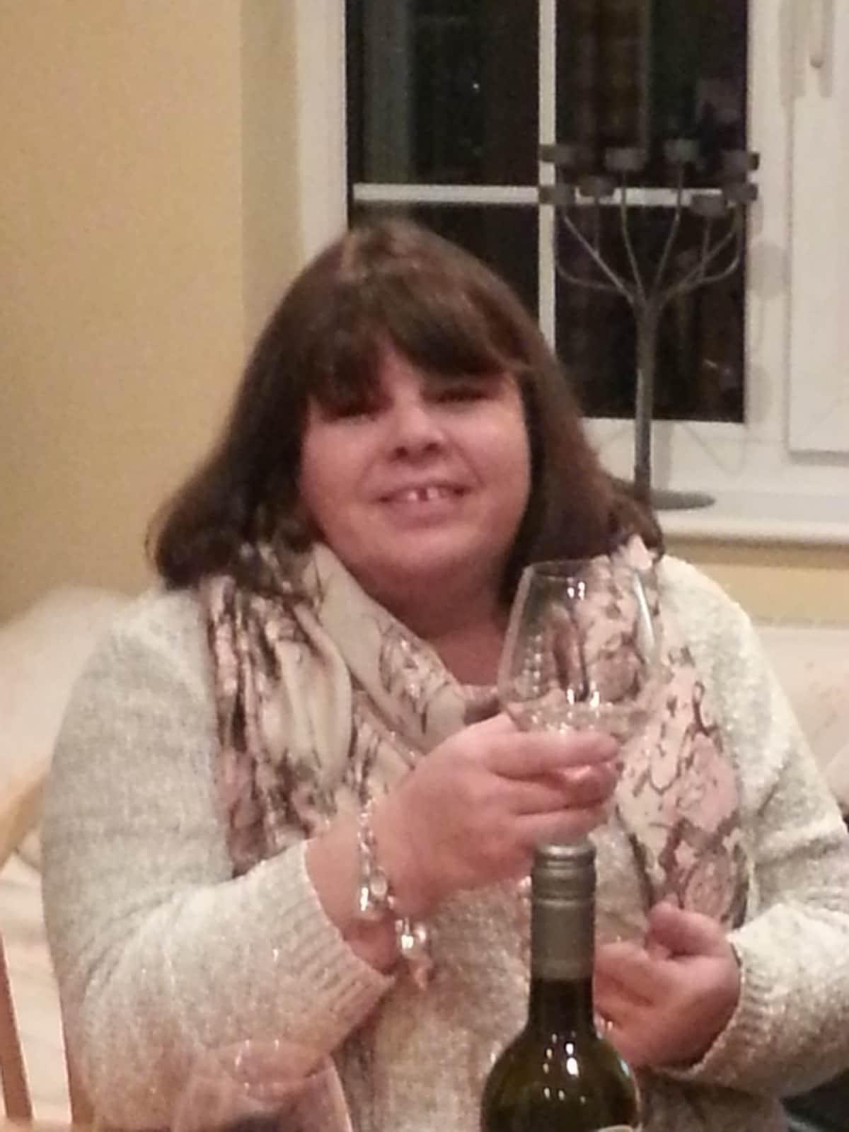 Linda from Melle