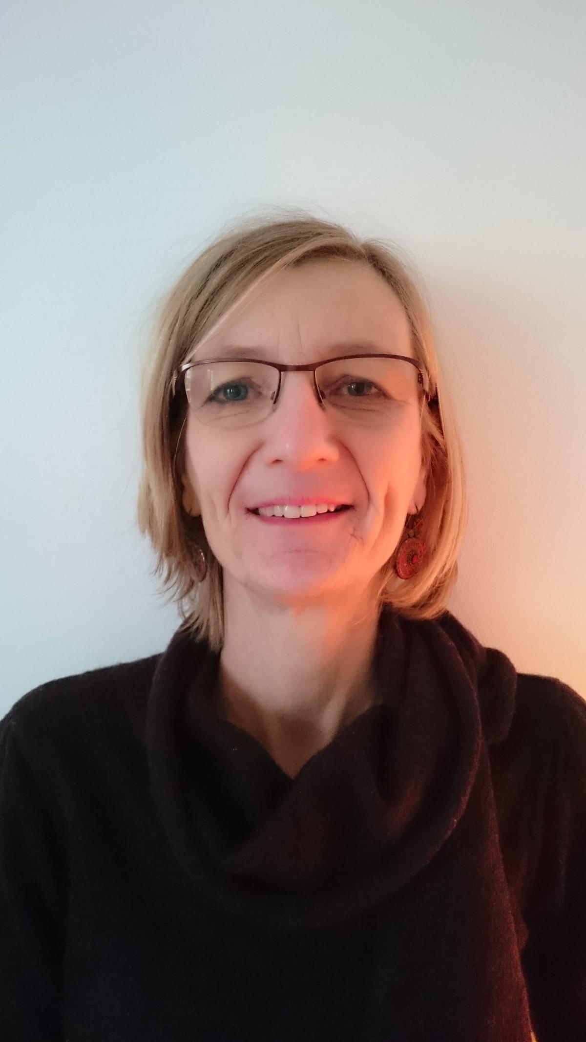 Véronique from Orange
