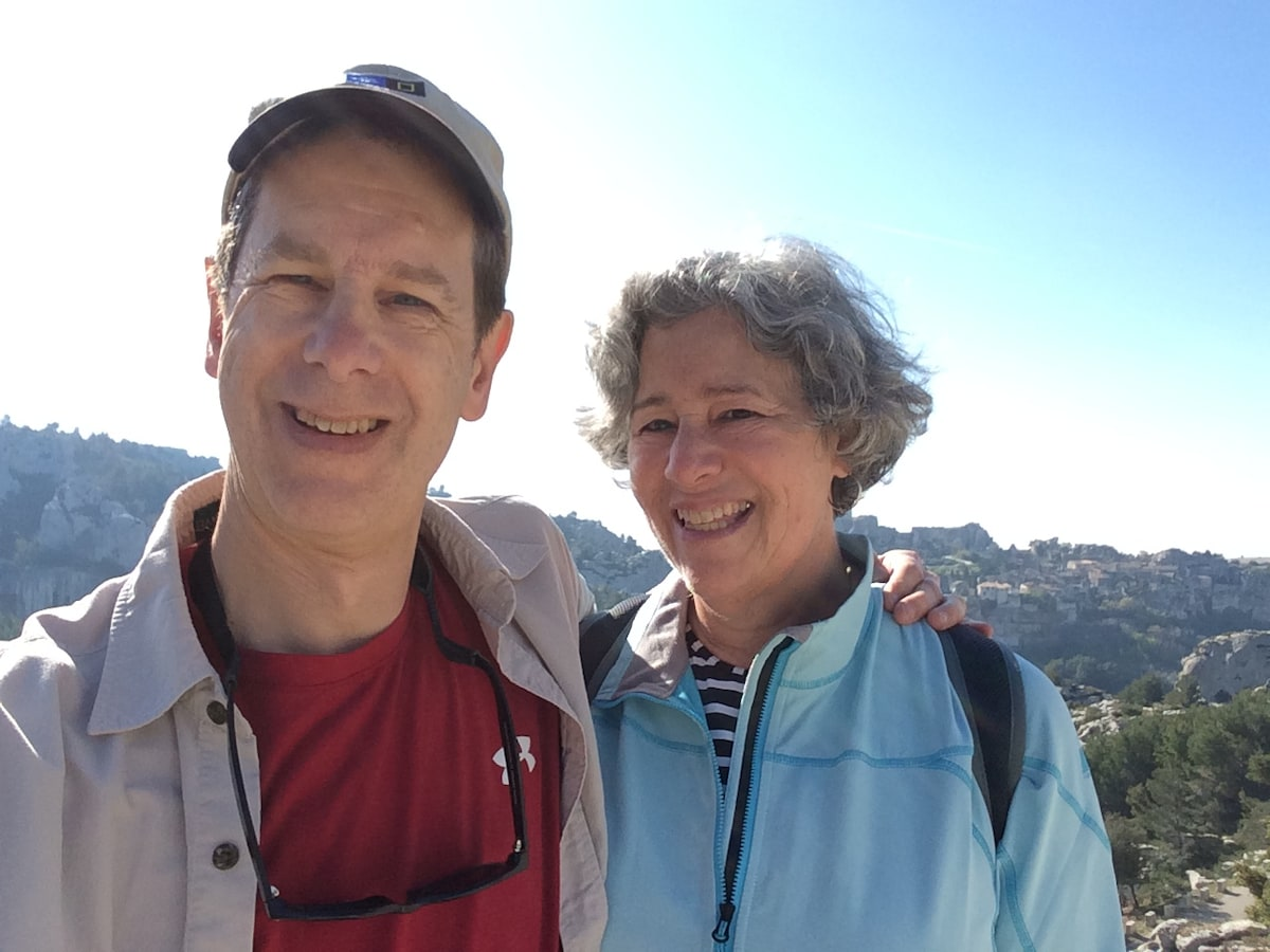 Robin and her husband Dave have lived in Seattle f