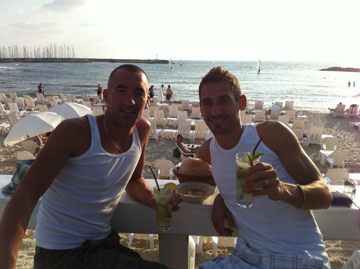 Ronan & Julien