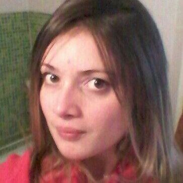 Nadia from Villeurbanne
