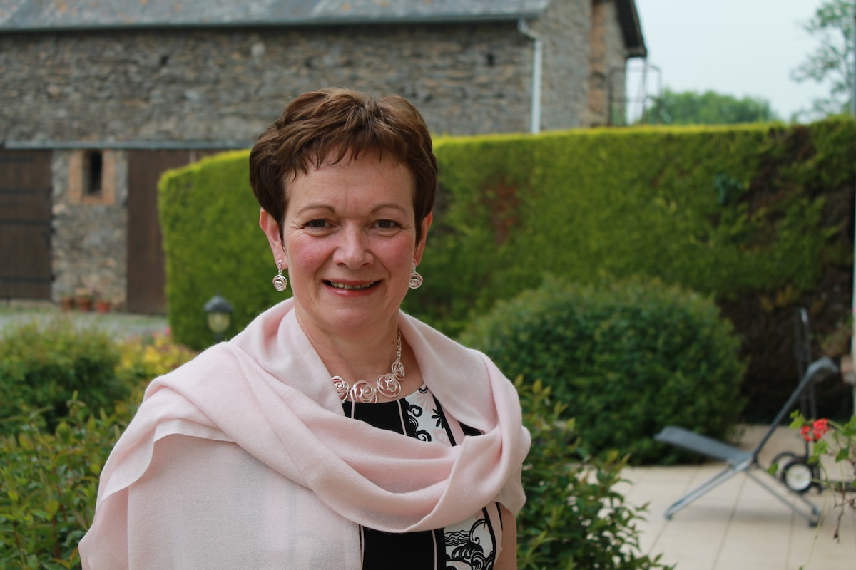 Patricia From Mont-Saint-Jean, France