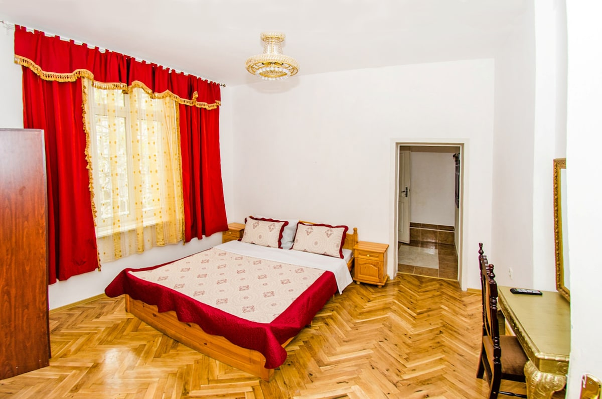 GuestRooms Five Corners From Sofia, Bulgaria