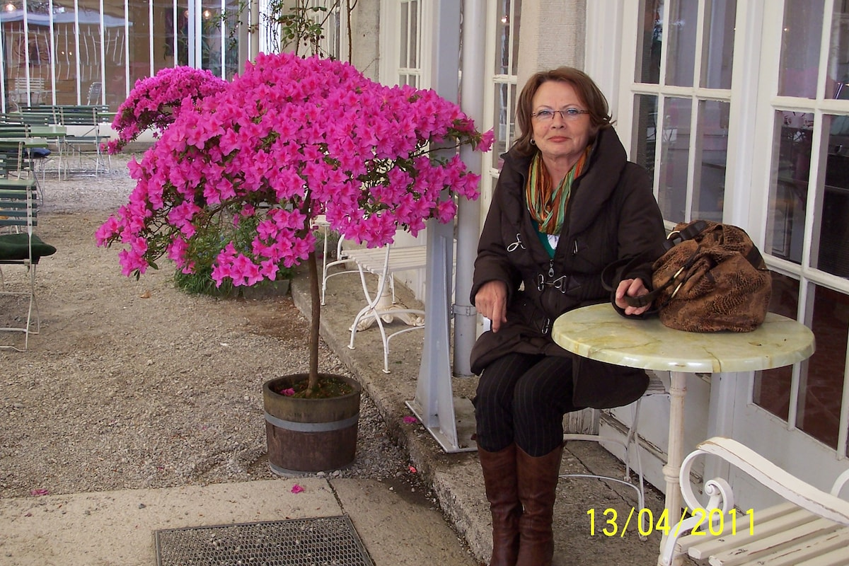 Krystyna From Munich, Germany