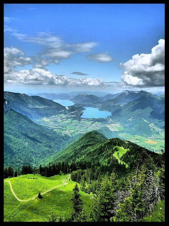 Montagnes Et Lac from Saint-Bon-Tarentaise
