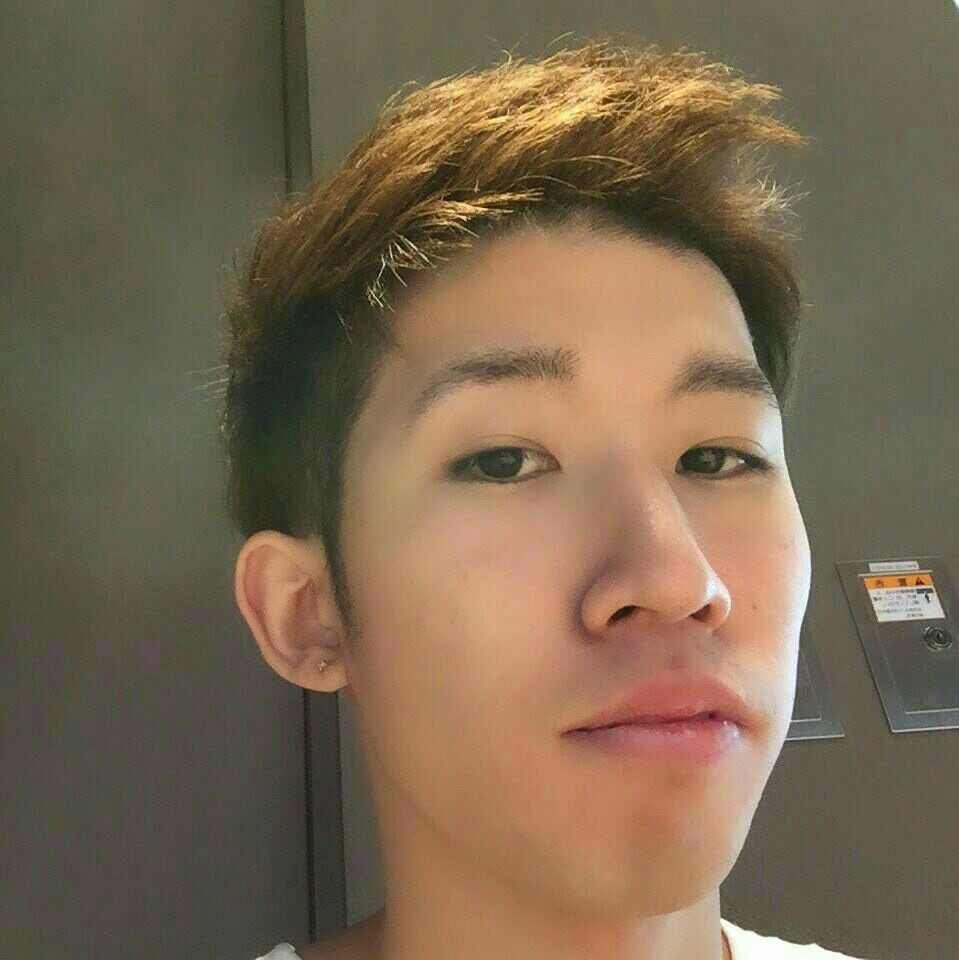 Hello:-) I'm Ryo!  I like driving a car. And I lik