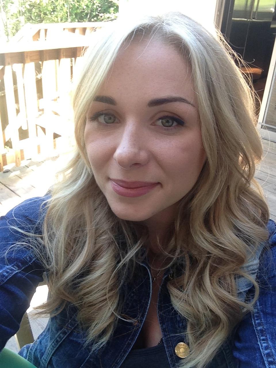 Alina From San Mateo, CA