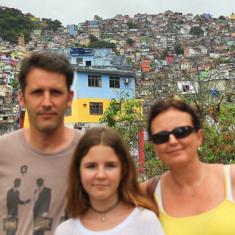 We are a family of 3, love to travel and discover