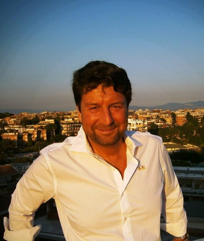 Hi!  this is Massimo Marini, Flatinrome's founde