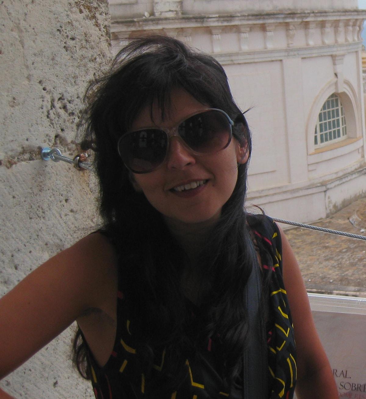 Edna from Vila Nova de Gaia