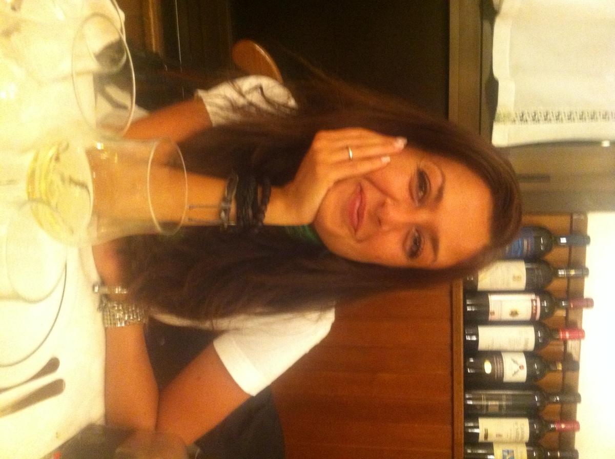 Hi there, I'm Milena and I'm an Italian girl, actu