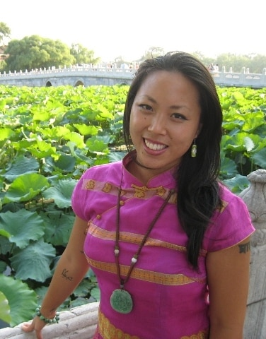 Aloha ~  : )  I am a happy, welcoming, considera