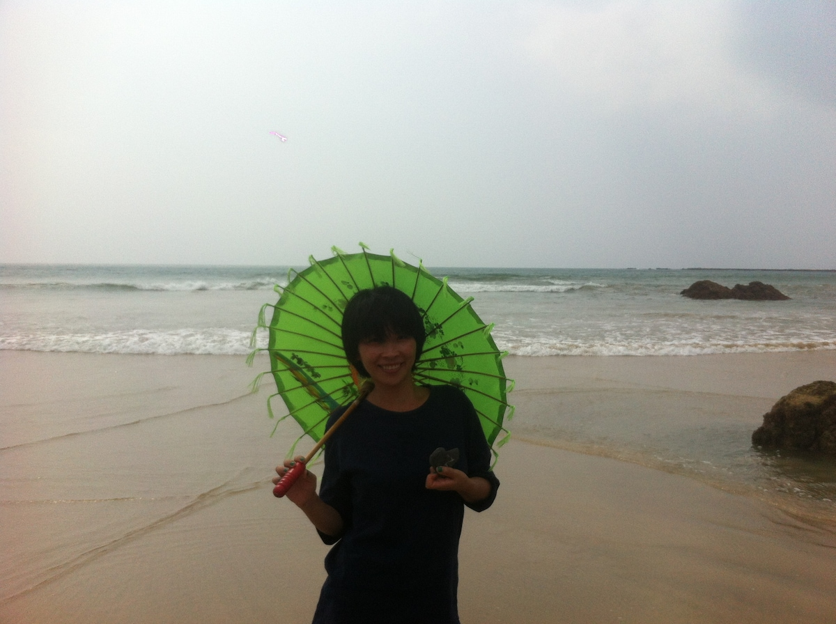 We, Lisa and Peter, met in Shanghai, and travel wh