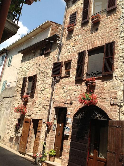 Benedetta from Castiglione del Lago