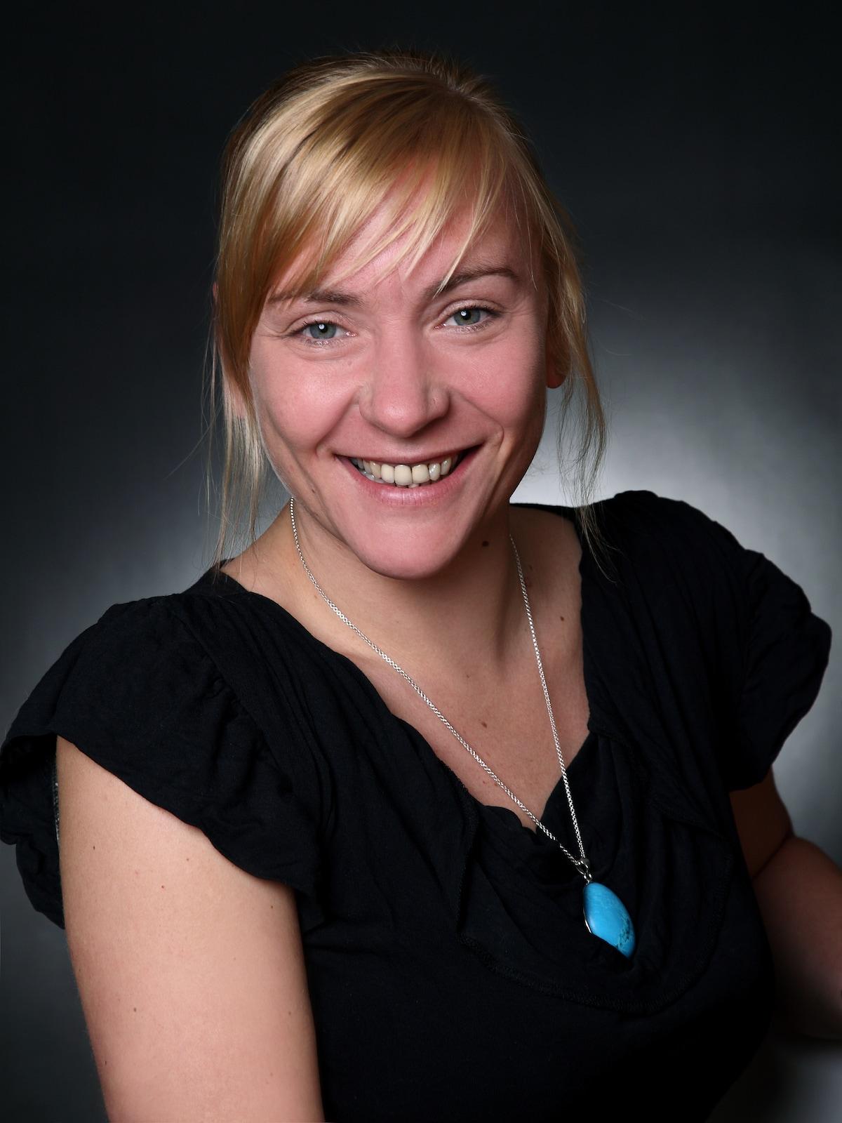 Anett Charlott