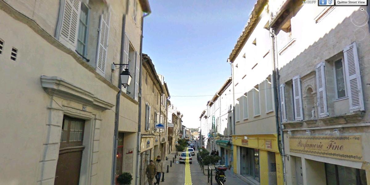 Jl from Villeneuve-lès-Avignon