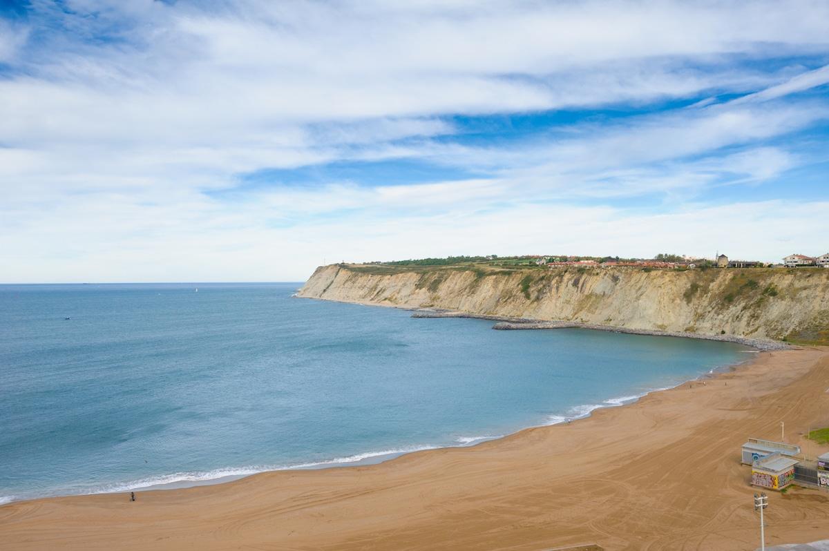 Vista de la playa de Arrigúnaga, desde la Casa