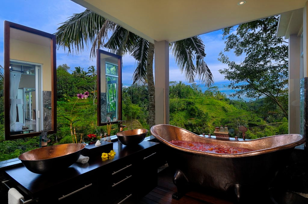 Upstairs Ensuite Bathroom with Spectacular Views of the Valley Below