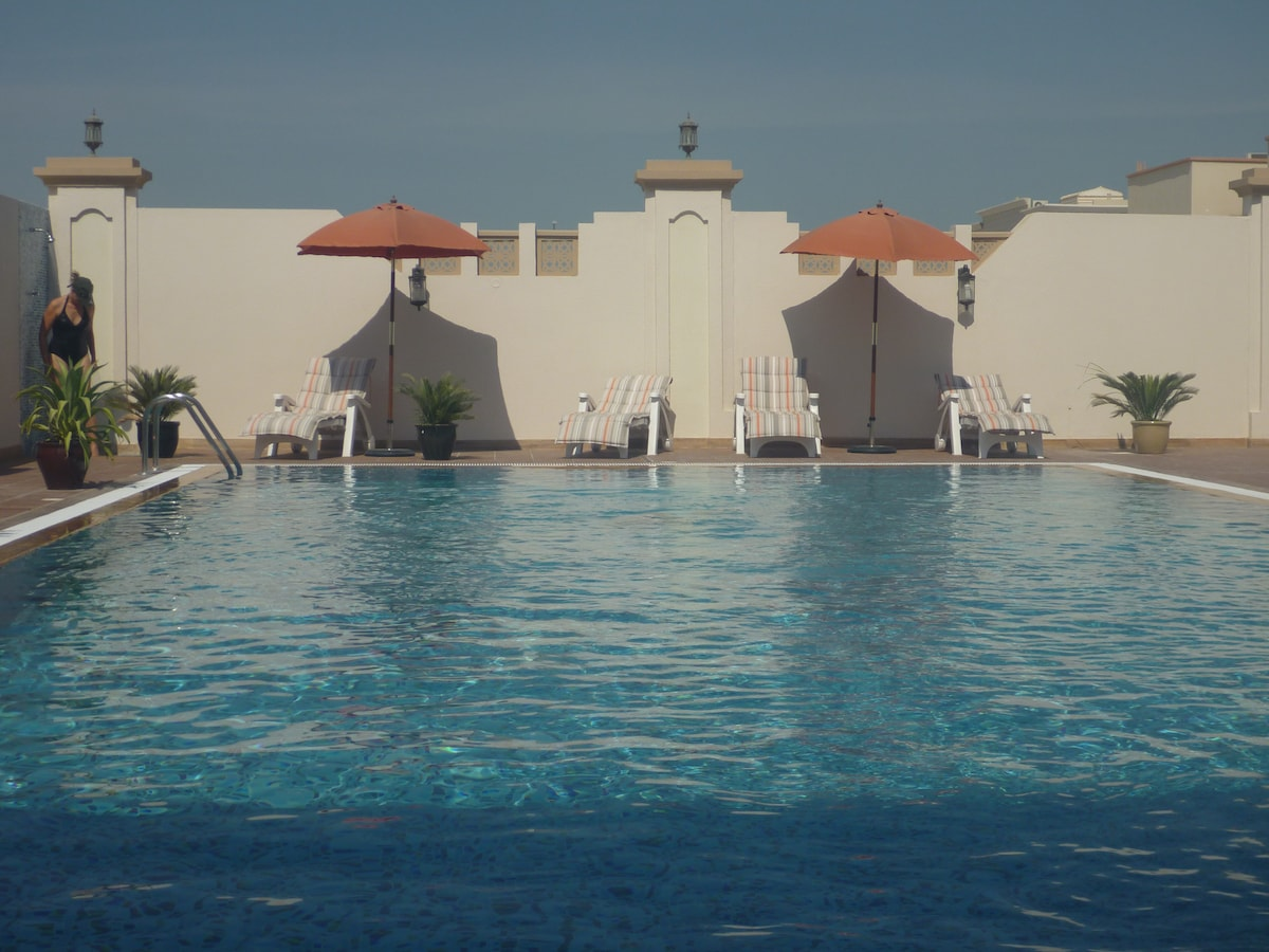 The pool area have sun beds (x8) as well as sun shades. An outdoor shower is available.