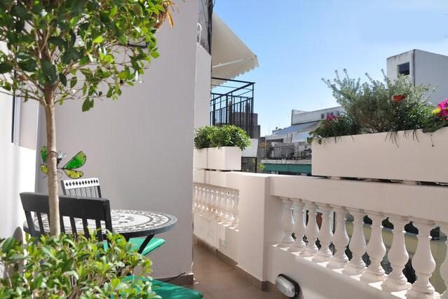 Quiet Top Floor Flat in Recoleta