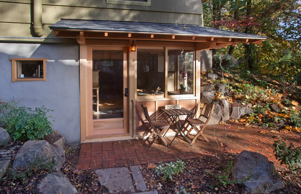 Sunny fall morning, Entry and private patio