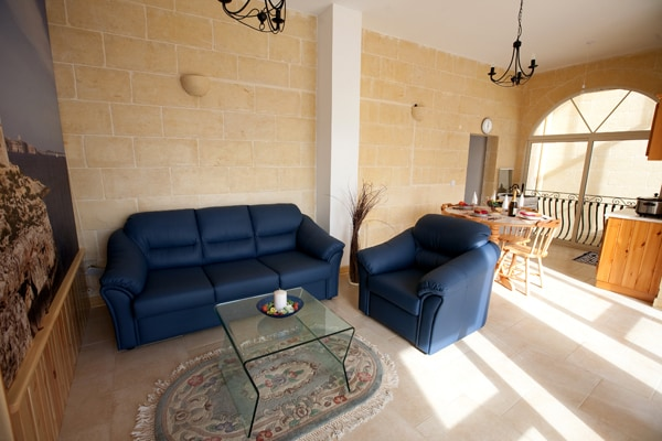 Luxurious & Comfortable Penthouse