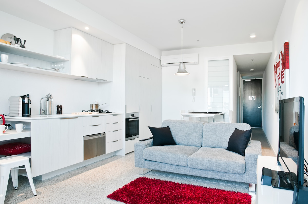 Your Open Plan Living/Dining Room. A generous 2 bedroom designer apartment in heart of South Yarra