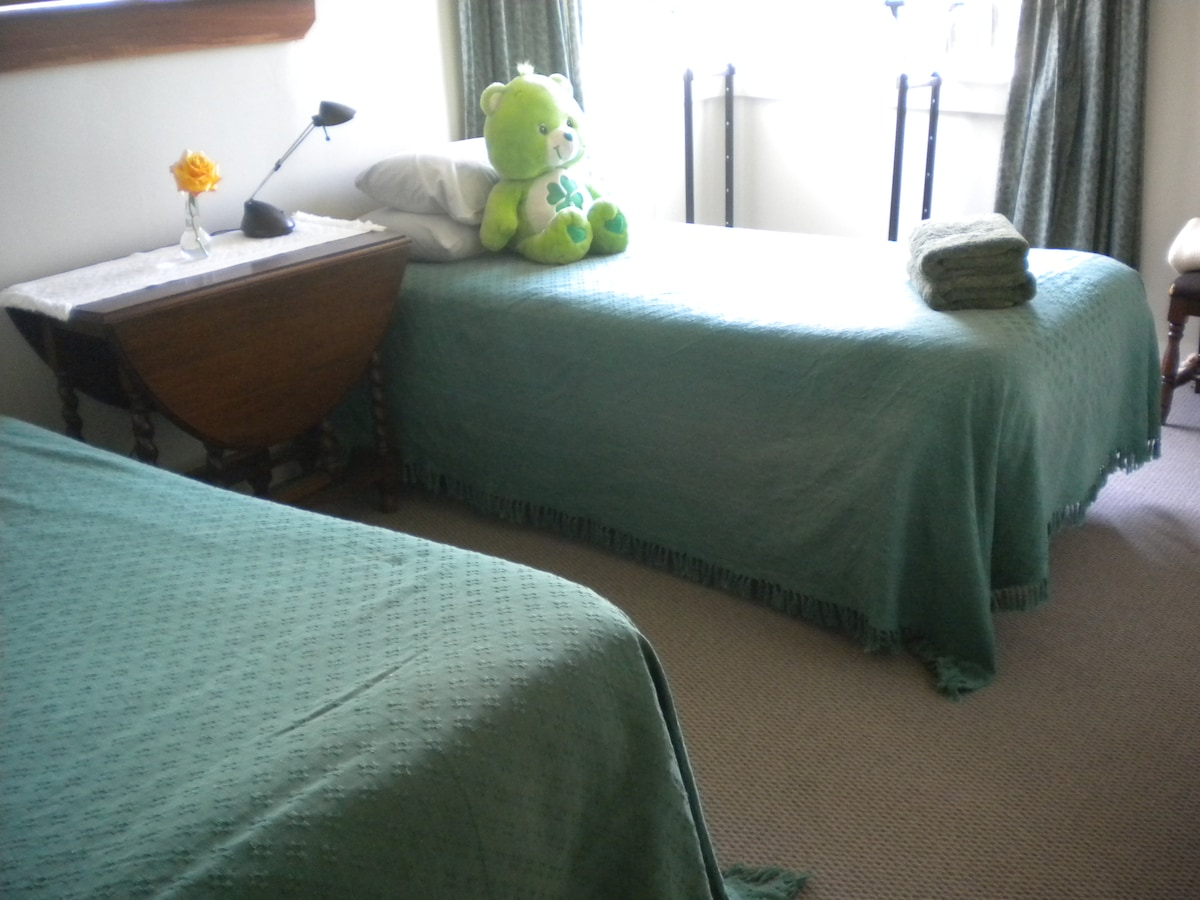 Farm House Bedroom - Clean And Tidy