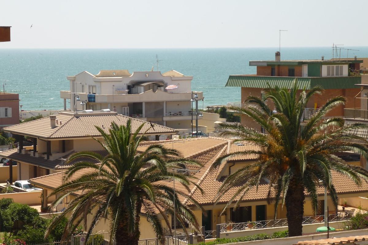 Attic&terrace overlooking the sea
