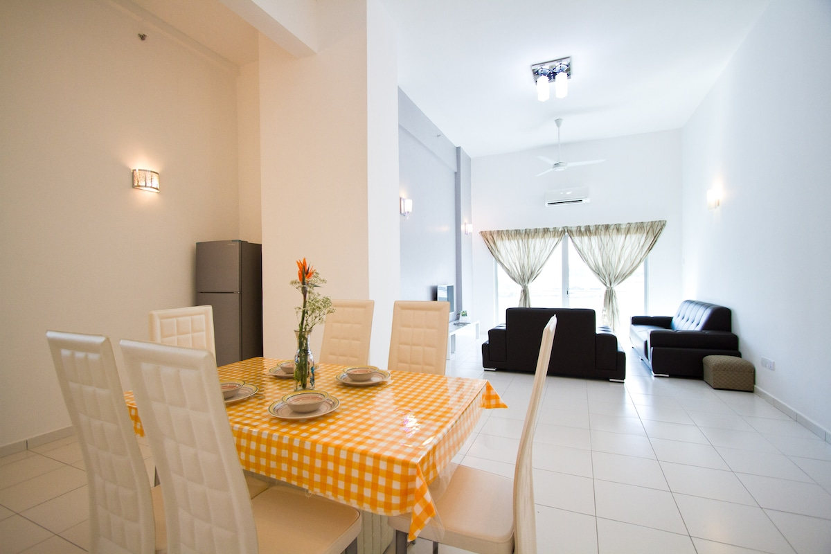 Dining and Living Hall