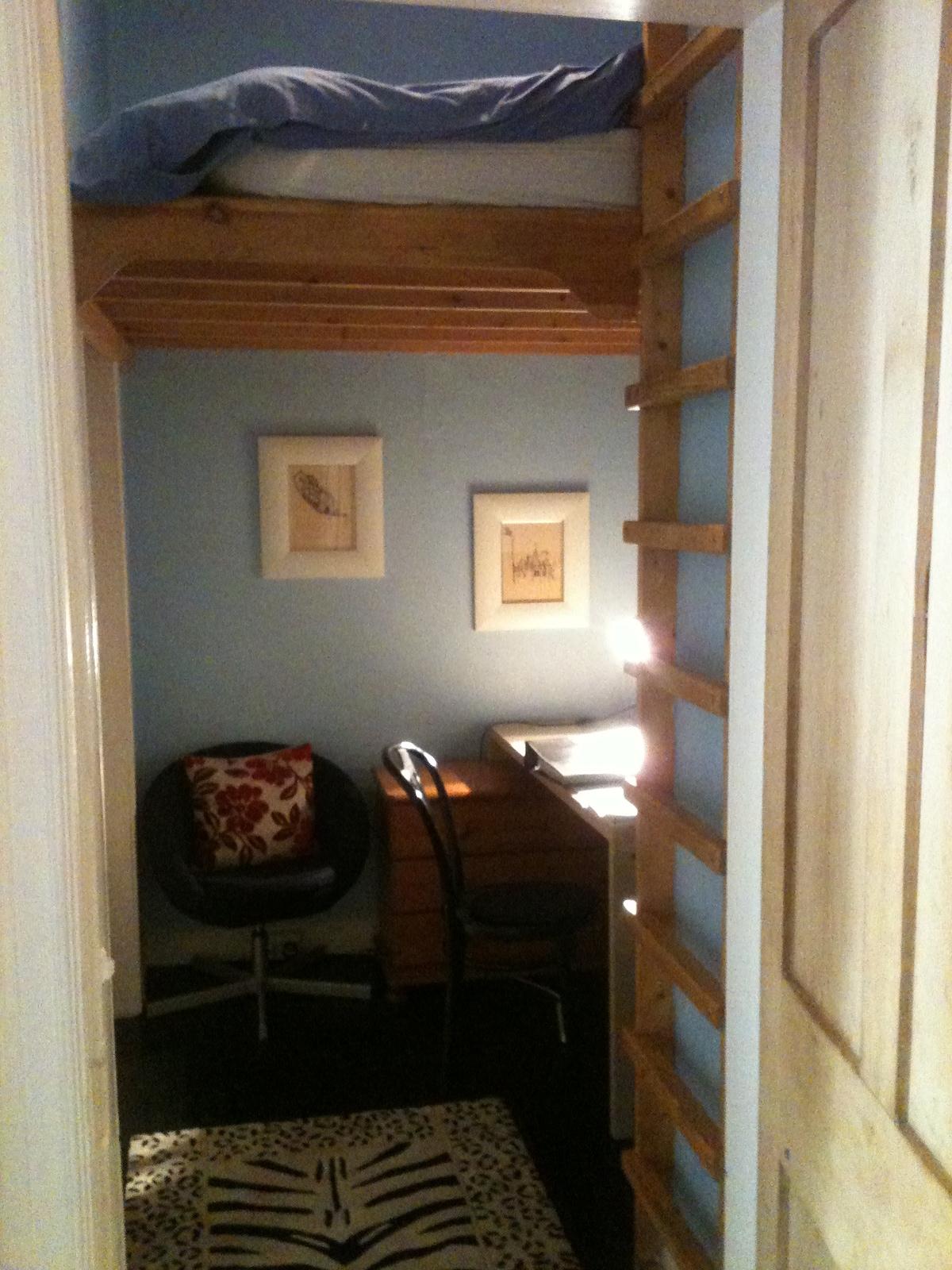 Cozy box room in stunning flat!
