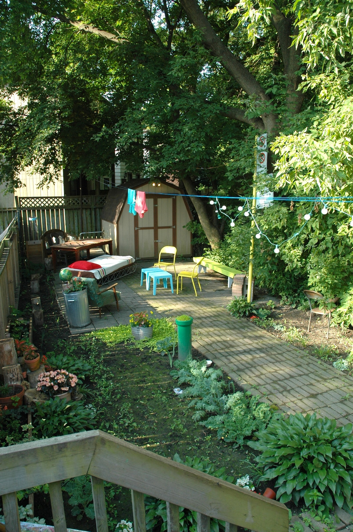 The BEAUTIFUL backyard!! i spend all summer back here! its so cool and amazing...heat wave in the city?? yah right. always cool and relaxing.