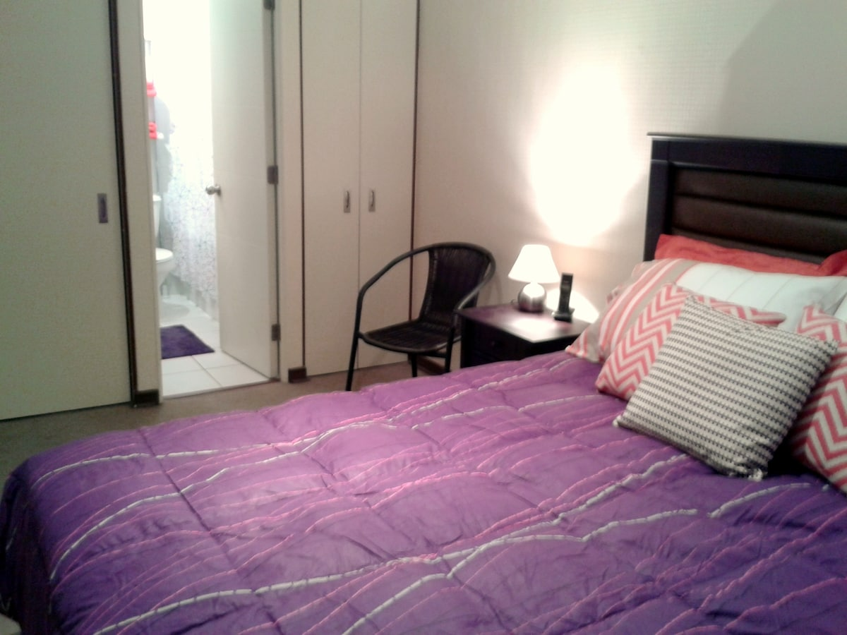 Main BedRoom: king size bed, ensuite bathroom, private terrace
