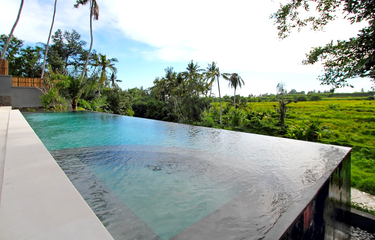 Le jardin de bali chambre 3 in blahbatu for Les jardins de bali