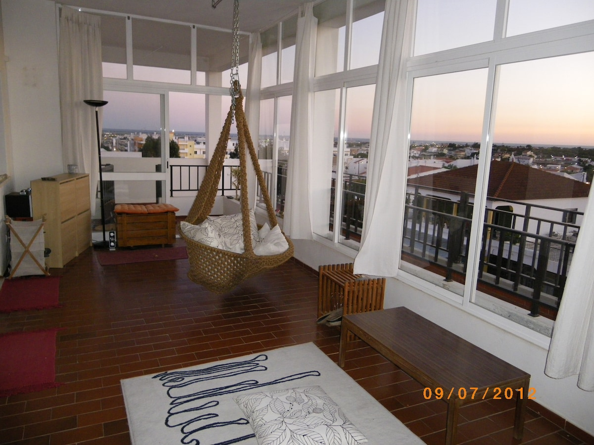 2 single beds room, beach and view