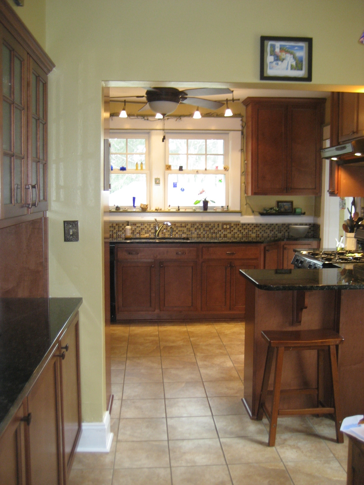 Updated Fully Equipped Kitchen