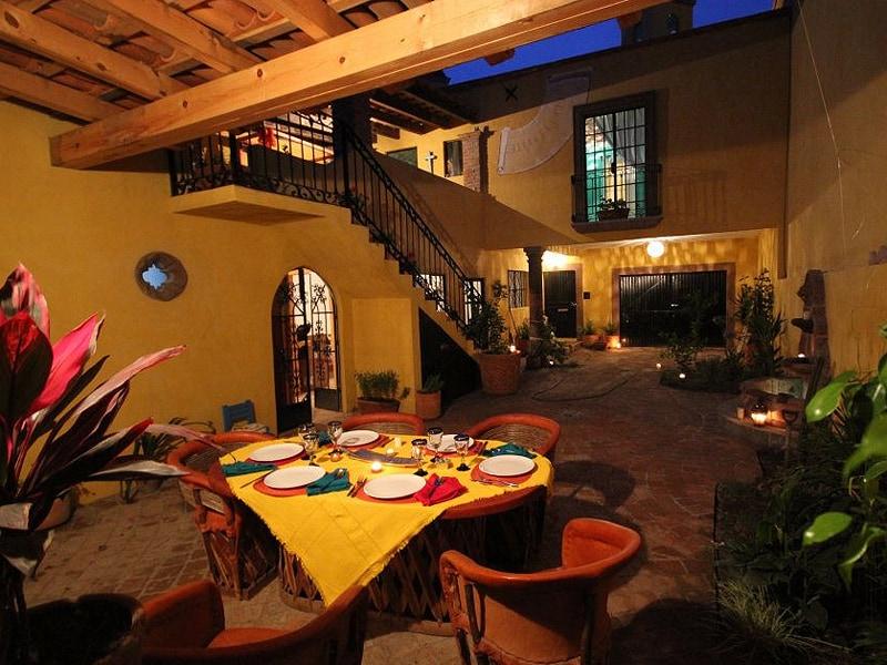 Casa Las Palomas, The Main House