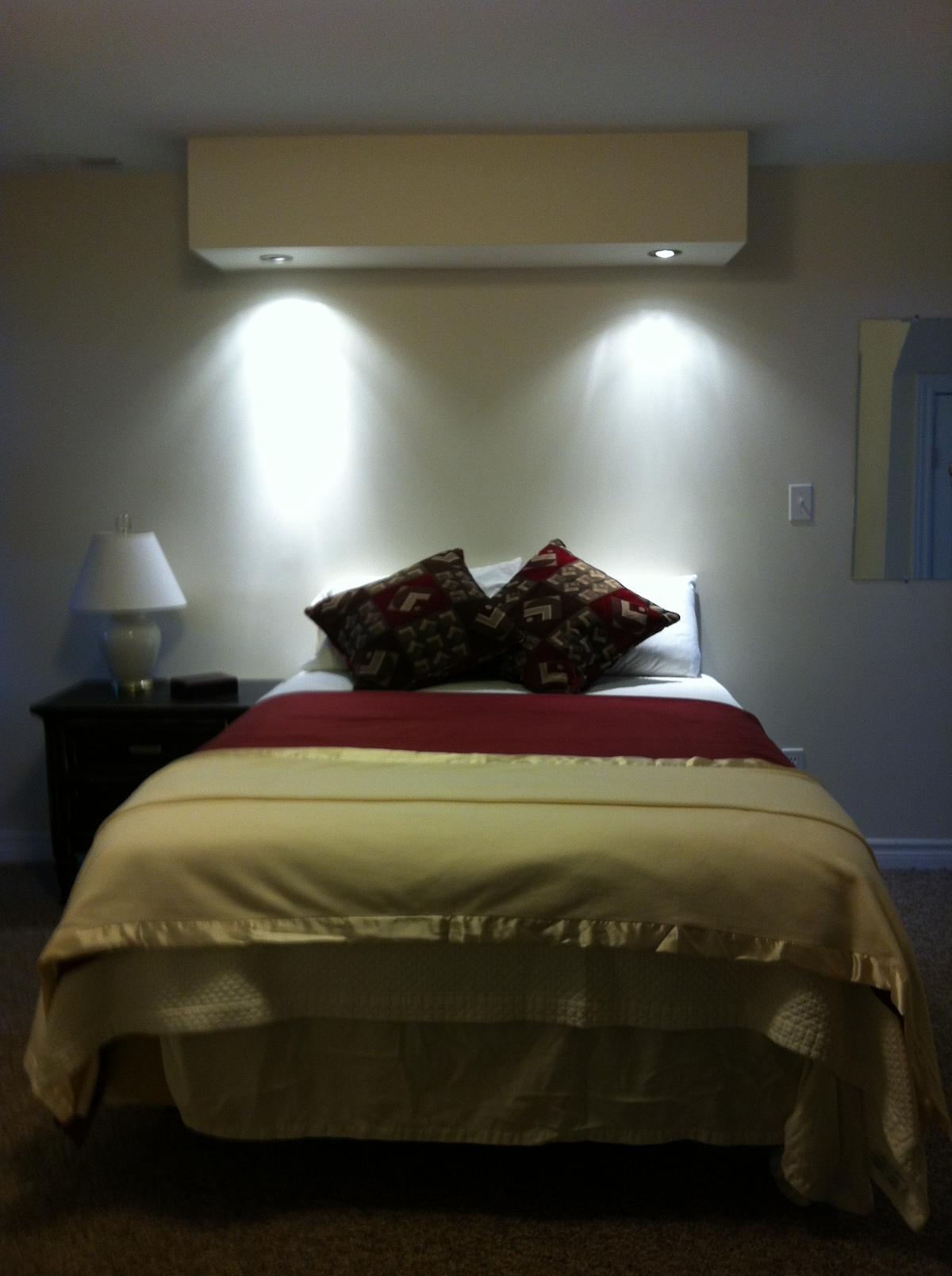 Cozy, pillow top double bed, dim the lights to read or watch High Def TV/DVD combo, digital cable and On Demand programming