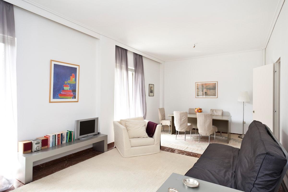 Beautiful sunny apartment!!!