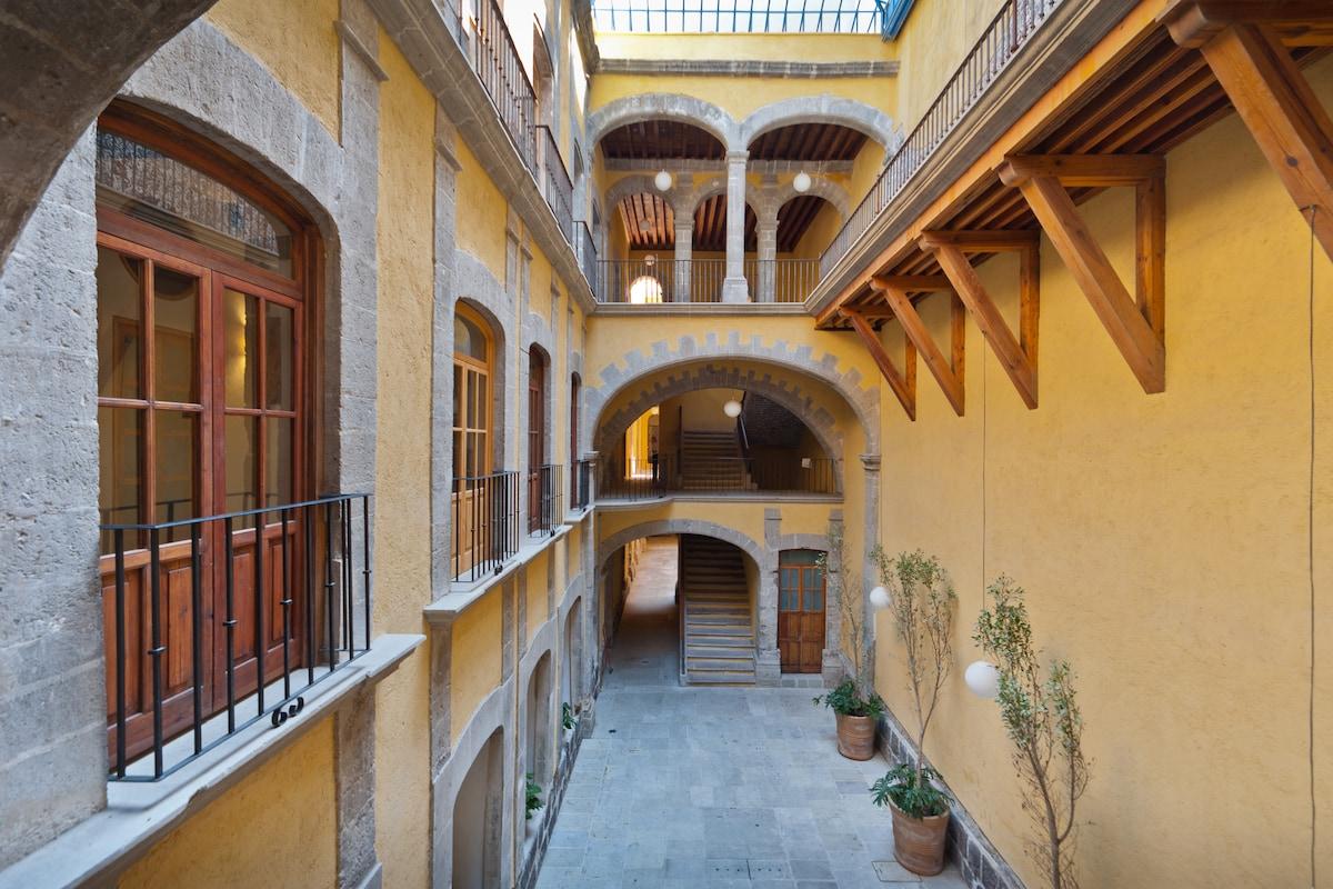 Main patio early 18Th Century