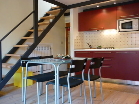 Cosy and bright 1bdr w/terrace 1451