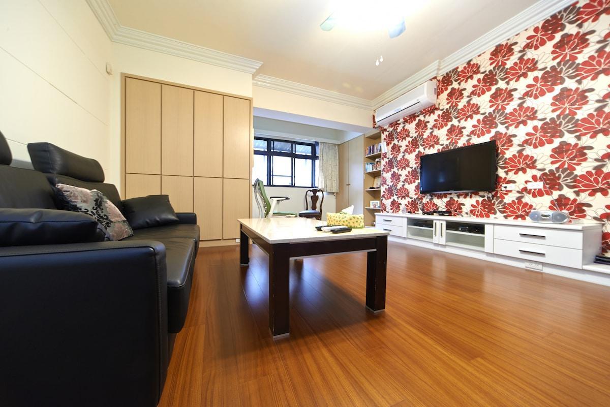 寬敞的客廳(Spacious living room)