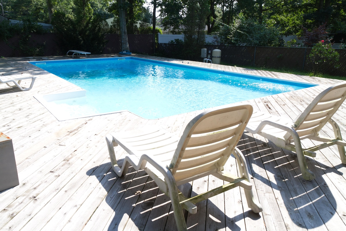 In-Ground Pool (Memorial Day through Labor Day)