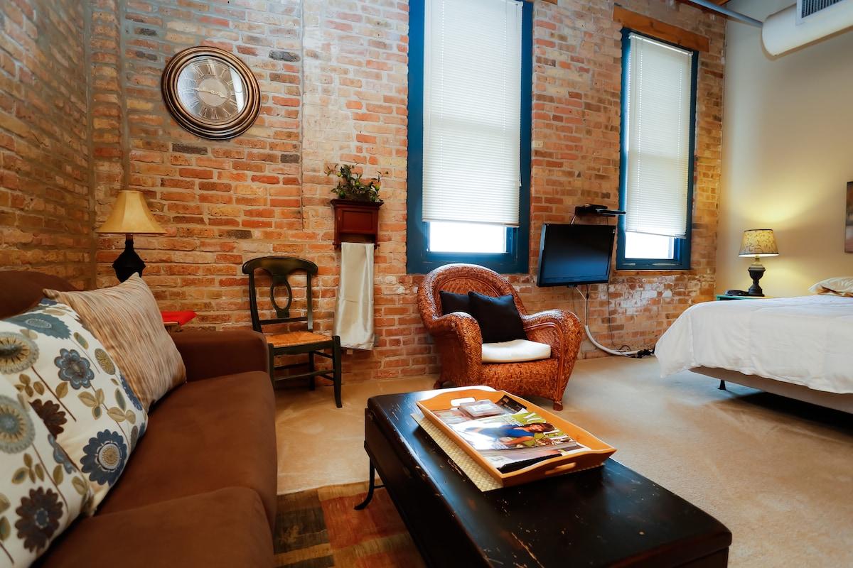 Luxury Loft Studio Lincoln Park:503